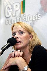 Arelatora Leila Fetter comemorou a aprovação